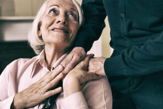 Bycie wsparciem dla osoby starszej