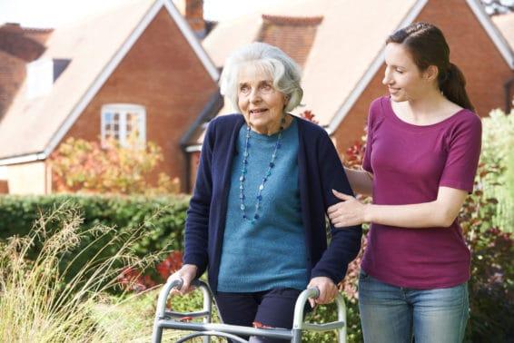 Opiekunka osób starszych – samodoskonalenie