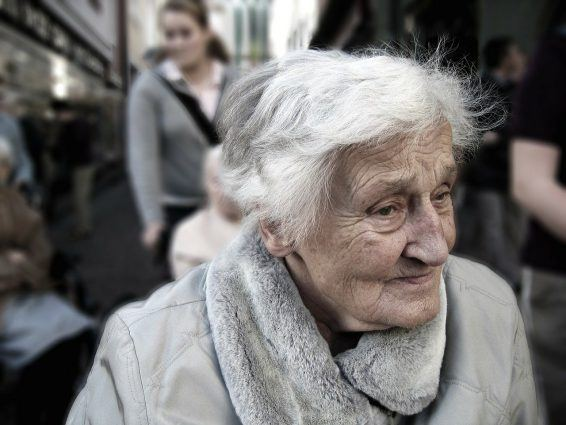 Inkontynencja osób starszych – nietrzymanie moczu częstą chorobą Seniora
