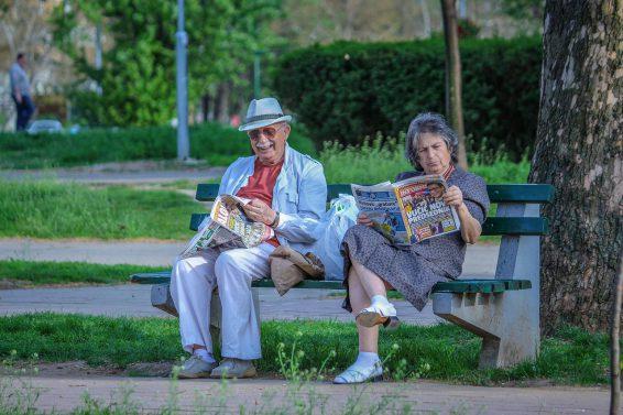 Aktywność Seniora – 5 sposobów na wiosenne spędzanie czasu z Podopiecznym