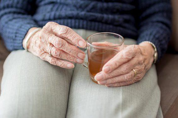 Przeziębienie Seniora – jak naturalnie zapobiec rozwijającej się chorobie?