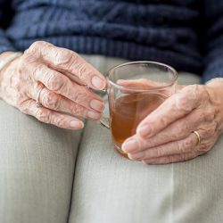 Nie bój się inkontynencji – jak zajmować się chorym Seniorem?